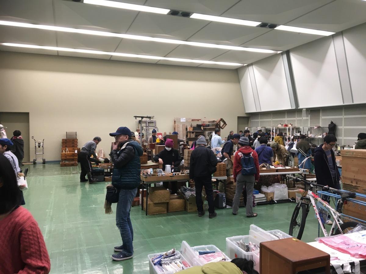 日本1マニアックなフリーマーケットお仕事道具市におじゃましました!